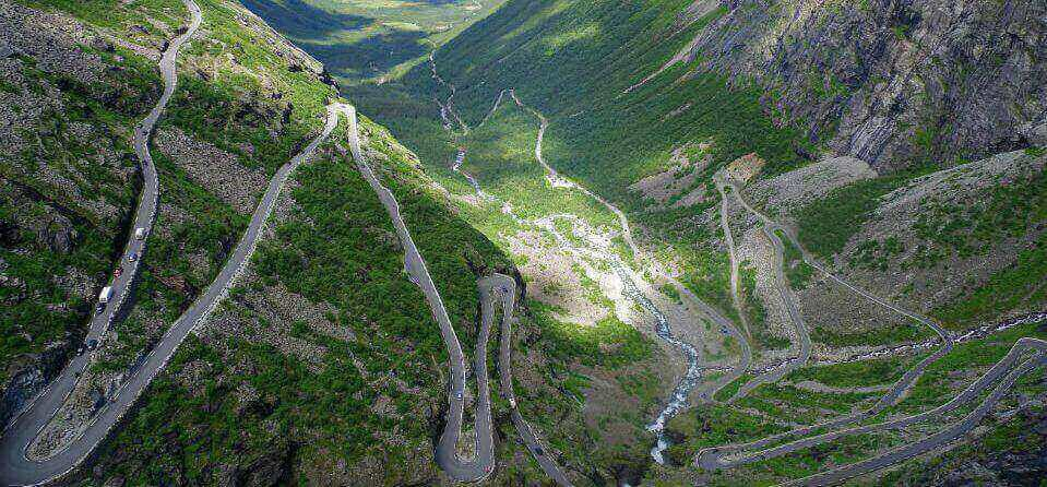 rijden-in-bergen-e1581945156983