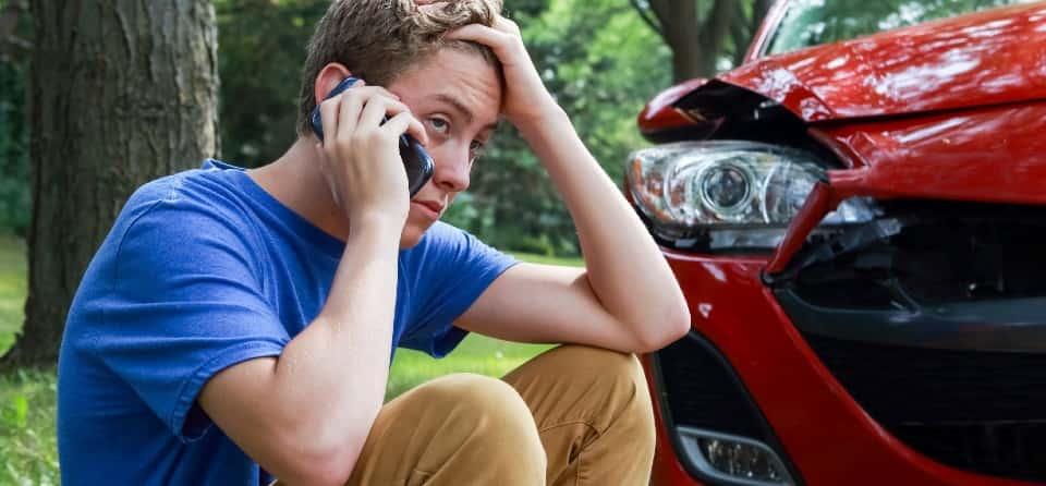 jongeren-zonder-rijbewijs-schade
